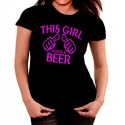 Camiseta mujer This girl needs a beer