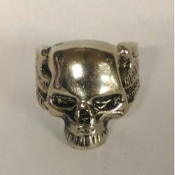 Skull ring punisher