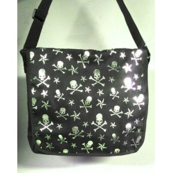 Shoulder bag with silver stars and skulls